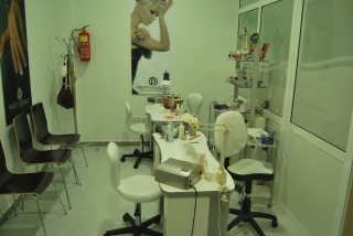 Cabinas De Estetica En Alquiler Valencia : Salon de belleza cabina estetica teresa femenia ajuntament