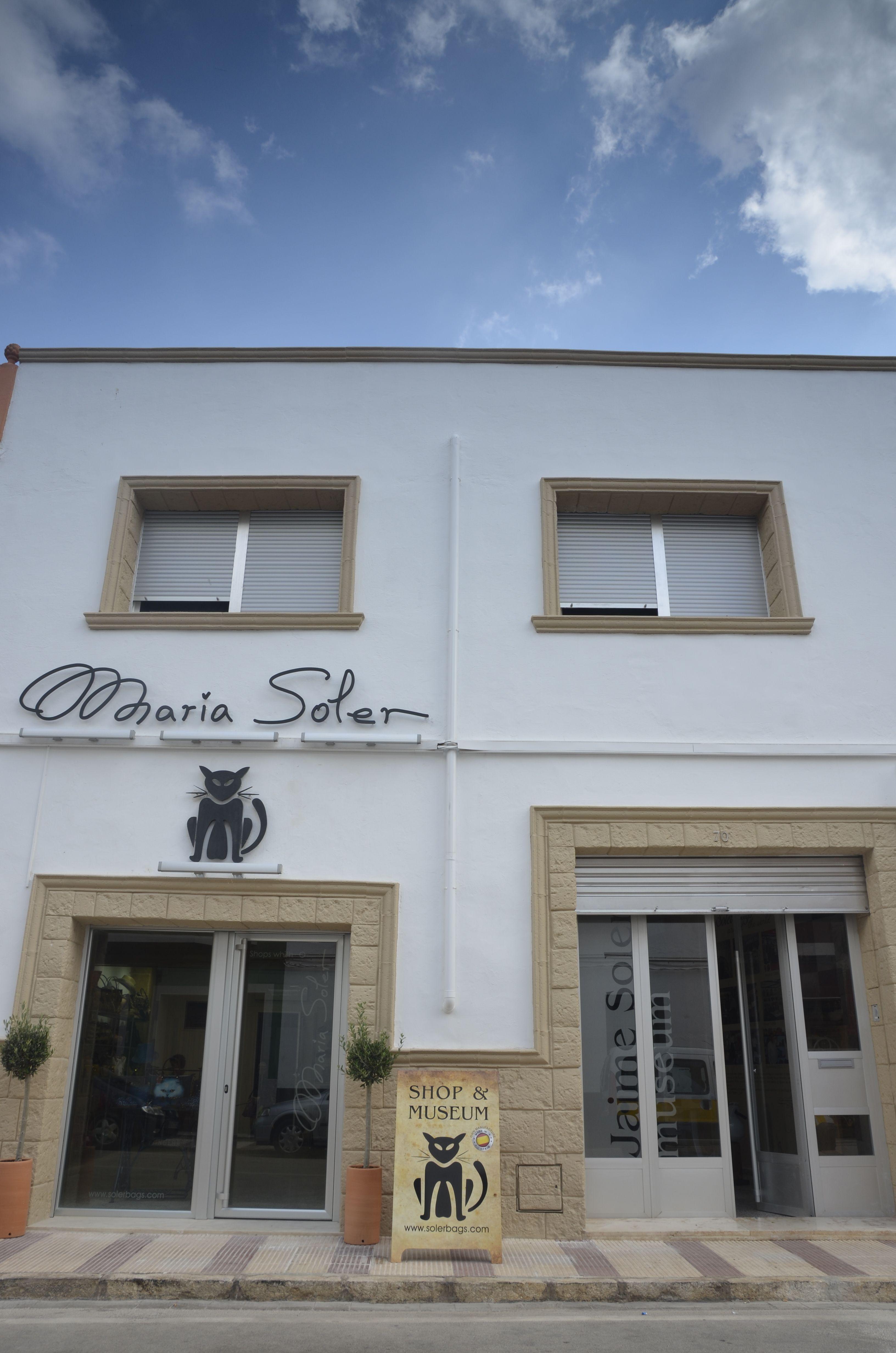 SHOP MUSEUM MARIA SOLER