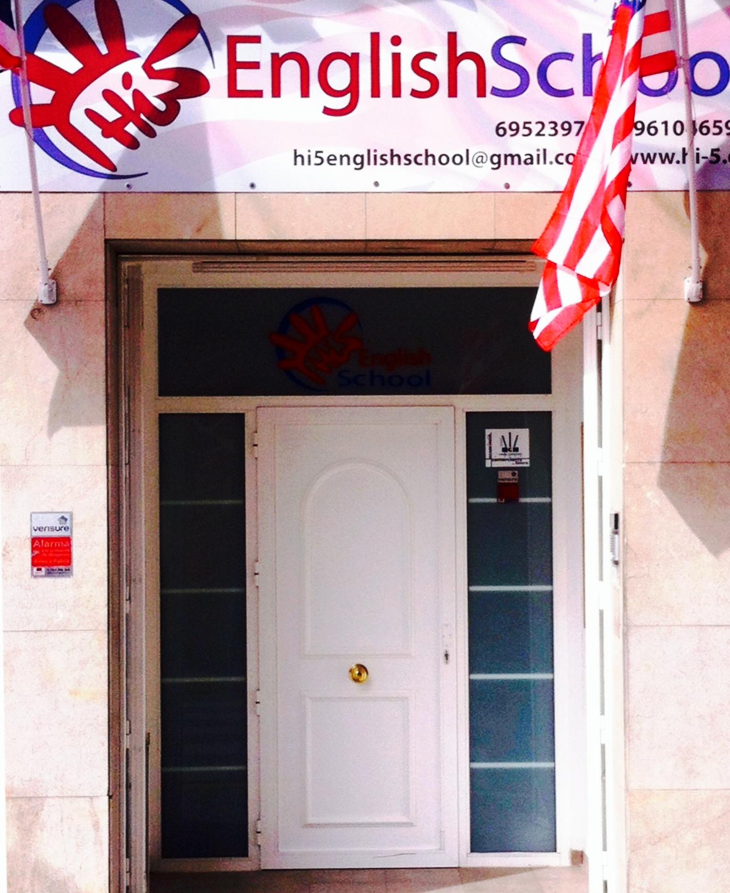 Hi 5 English School