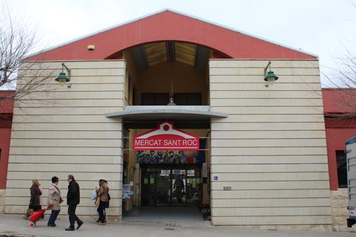 Entrada mercado de San Roque