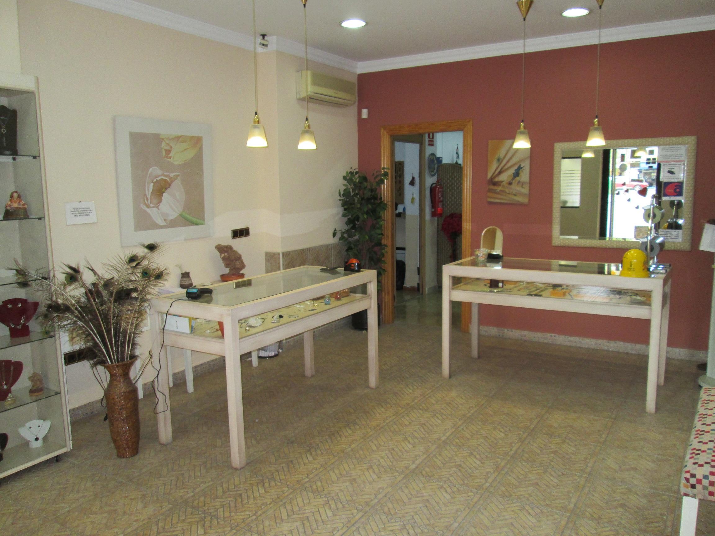 Joyeria garrido ayuntamiento de xirivella directorio for Recogida muebles ayuntamiento valencia