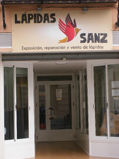 LÁPIDAS SANZ