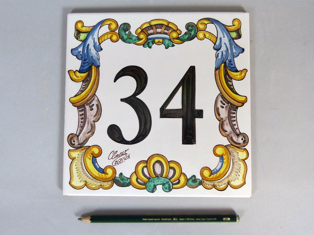 Azulejo cer mico con n mero y cenefa barroca 20x20 cm for Cenefas ceramica