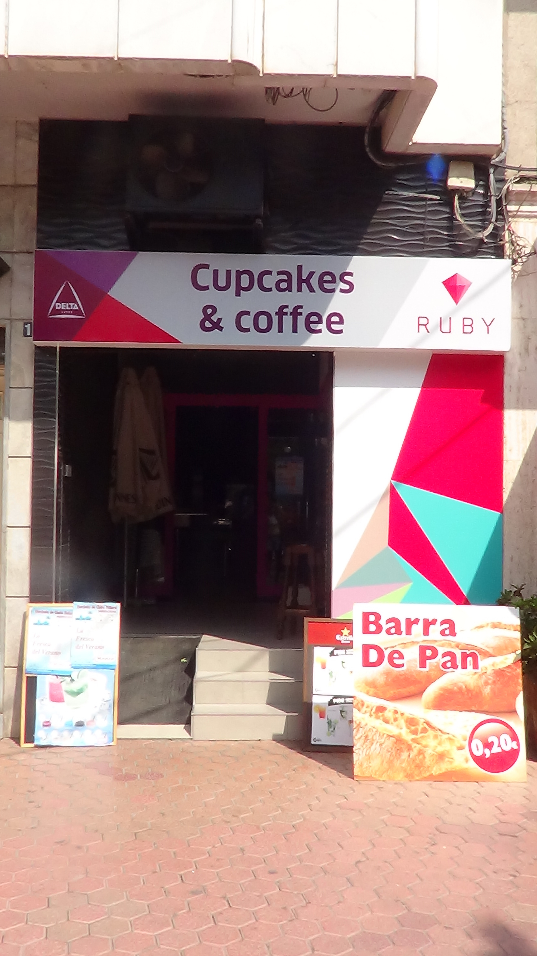 Cupcakes & Coffee
