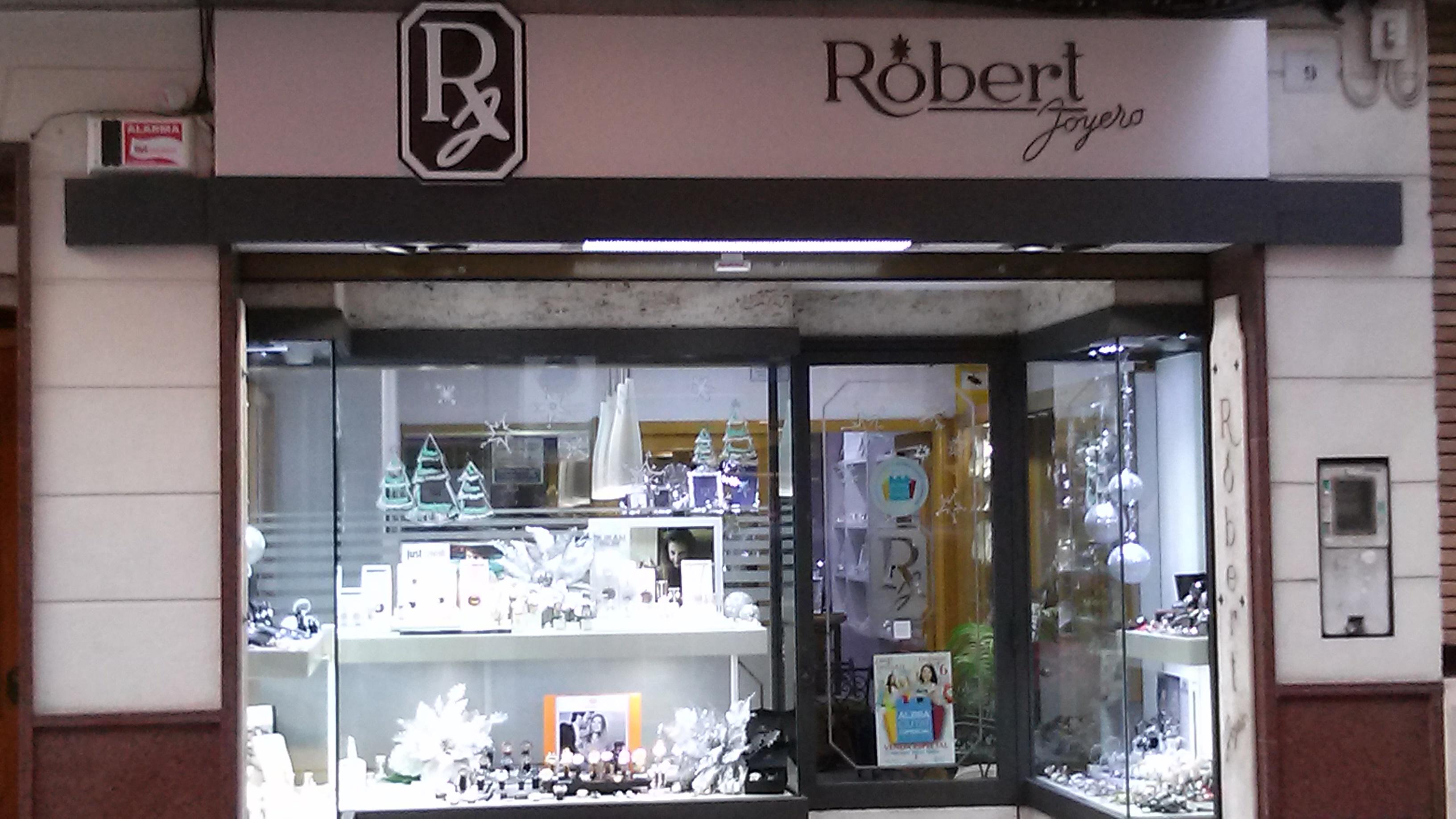 ROBERT JOYERO - ROBERTO CUCARELLA
