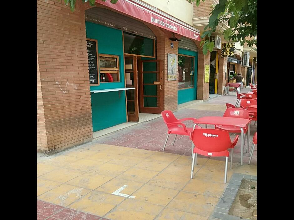 BAR LA OFICINA PUNT DE TROBADA
