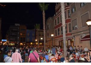 El comercio de Benicarló se vuelca con la celebración de la Noche en Vela