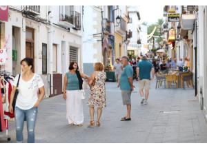 Els comerciants de Benissa reben 20.000 euros d'ajuda de la Generalitat Valenciana.
