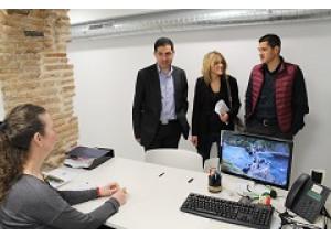 Alcoi ja compta amb una nova oficina de Comerç
