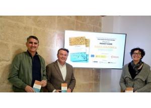 Los comerciantes del Port y Xàbia Histórica editan una guía de bolsillo con información cultural, gastronómica y de patrimonio