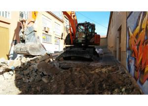 Empiezan los trabajos de asfaltado de calles en el polígono de Batoi