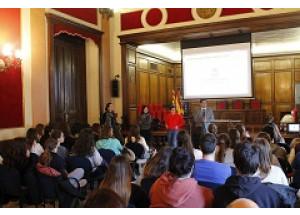 L'Ajuntament premia als centres educatius que més han participat en els Pressupostos Participatius