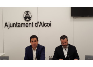 Camilo Sesto dona su legado al ayuntamiento de Alcoy para su museo