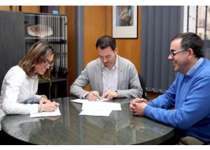 El Ayuntamiento renueva el convenio con Onda Centre Comercial para impulsar el comercio local
