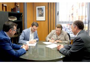 El Ayuntamiento y la Cámara de Comercio unen fuerzas para impulsar el crecimiento económico
