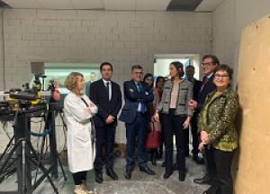 La Ministra d'Indústria, Comerç i Turisme visita AITEX