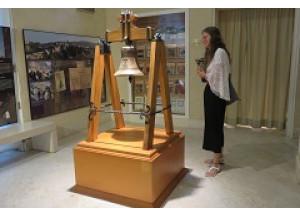 El Museu Arqueològic ja exhibeix la Campana de Barxell totalment restaurada