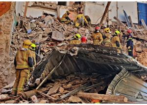 Un derrumbe en la calle Sant Agustí produce una víctima mortal