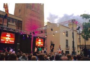 Gran afluencia de públic a la Primera Passarel.la de moda a Benifaió