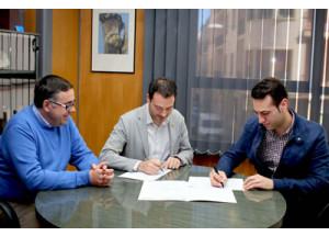 El Ayuntamiento y Hosturionda firman un convenio para potenciar el sector hostelero y el turismo