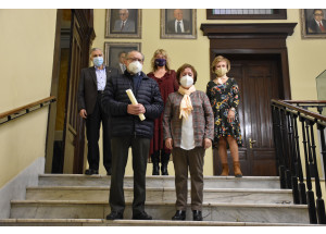 Jorge Calatayud Francés y Margarita Company Payá ganan el concurso literario 'Arte y palabras para nuestra Fiesta' organizado por la concejalía de Gent Gran