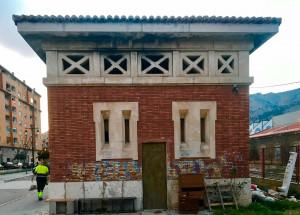 El Ayuntamiento clausura una planta baja de la antigua estación de tren