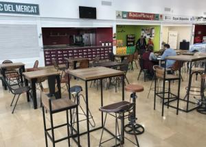 El Mercat de Vinaròs inaugura el nuevo espacio de degustaciones