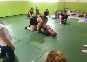 Nou taller d'Autodefensa Personal Femenina en l'Eduardo Latorre